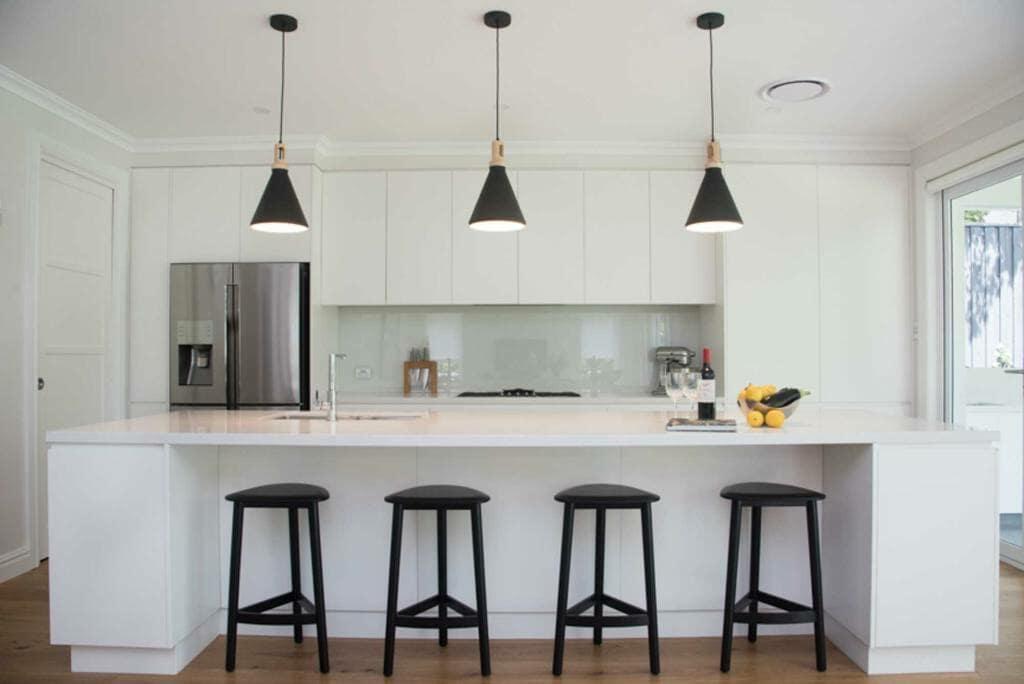 Lindfield Home - Kitchen breakfast bar
