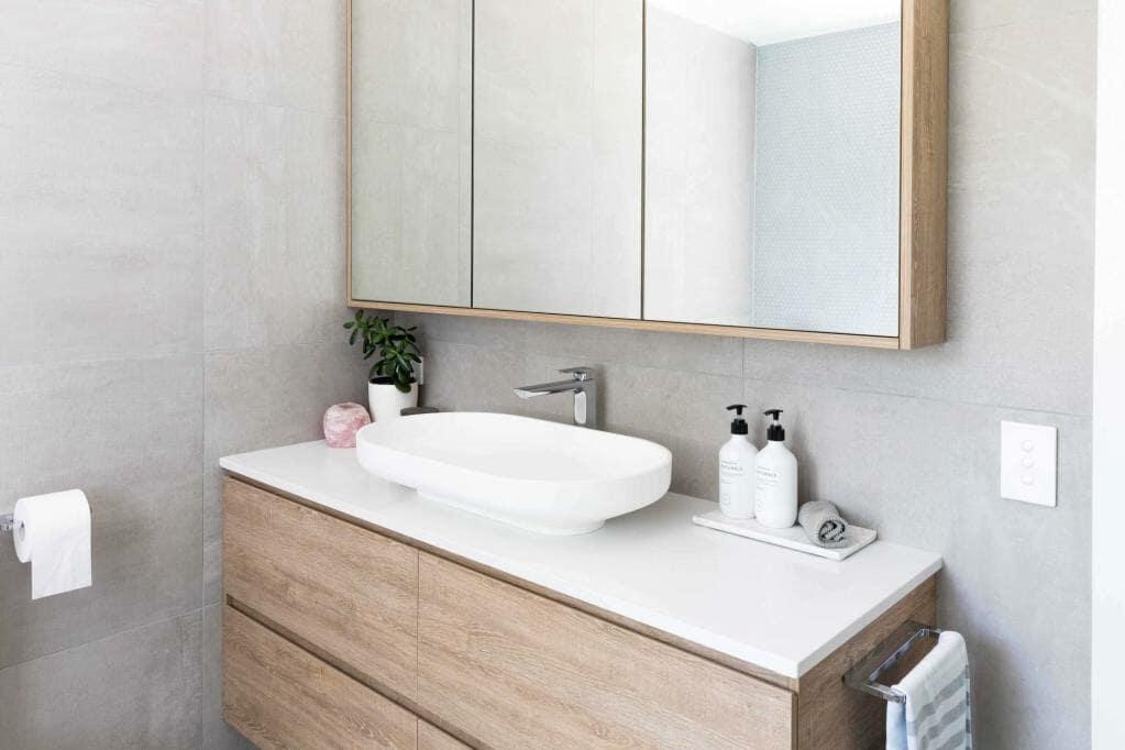 Wahroonga Home - Main bathroom