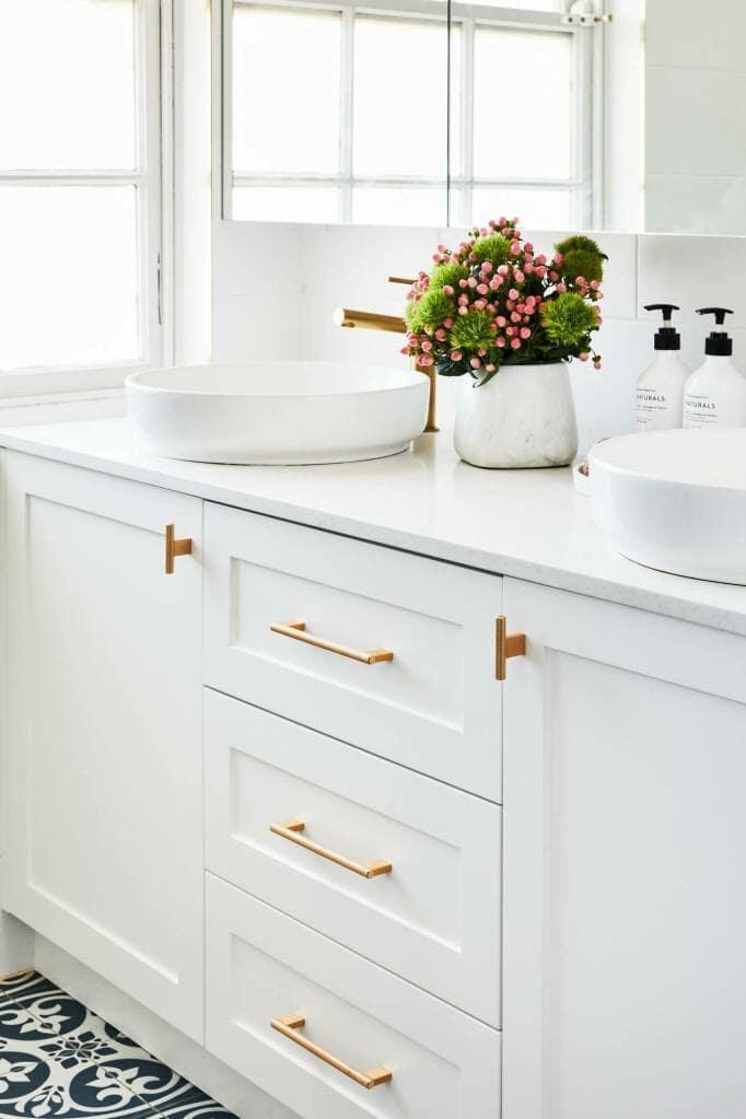 Beecroft Main bathroom vanity